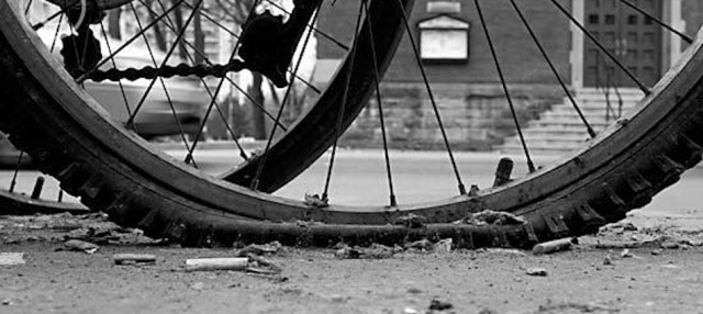 flat_bicycle_tire_950x425